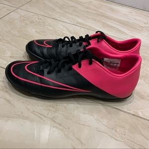 NIKE indoor soccer shoes ⚽️